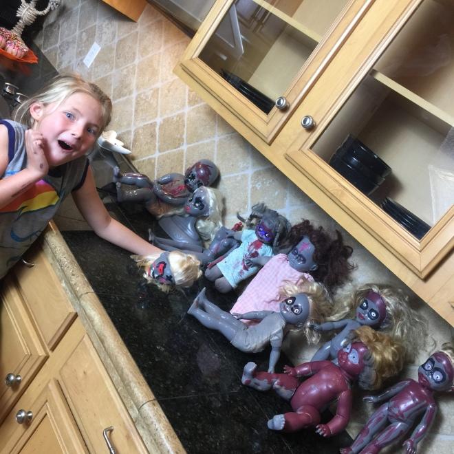 diy-halloween-decor-baby-zombie-graveyard-kashen